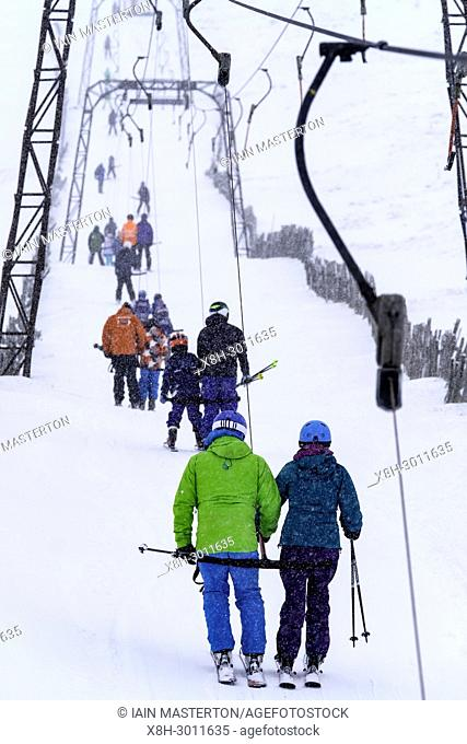 Glenshee, Scotland, United Kingdom. 3 February, 2018. New snow falls at Glenshee Ski Centre in the Cairngorms brought many skiers eager to enjoy the good calm...