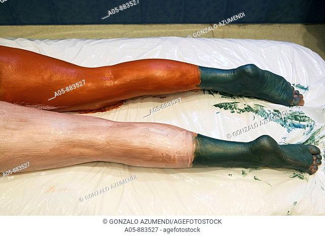 Colour energy, mud body treatment in spa, Lierganes. Pas-Miera, Cantabria, Spain