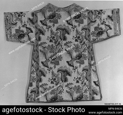Dalmatic. Date: ca. 1735; Culture: Italian or Czech; Medium: Silk and metal thread; Dimensions: L. 40 1/2 x W. 46 inches (102.9 x 116