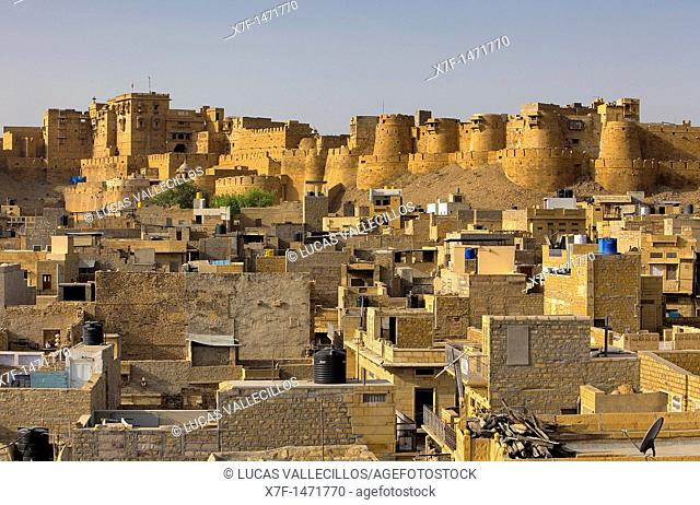 Fort and city ​​rooftops, Jaisalmer, Rajasthan, India