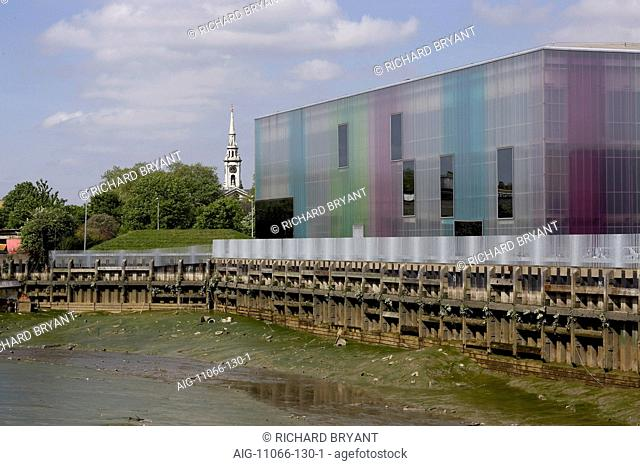 Laban Contemporary Dance Centre, Creekside, Deptford, London SE8 (2003)