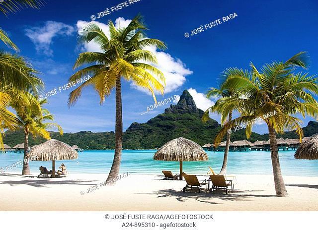 Lagoon and mount Pahia, Bora Bora island, Society Islands, French Polynesia (May 2009)