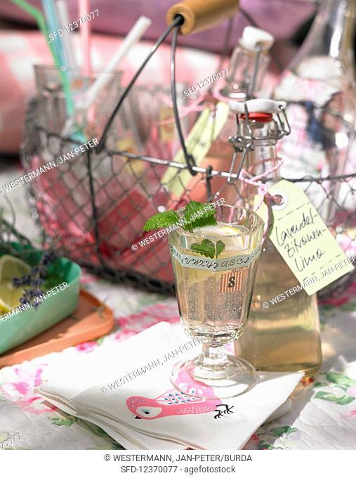Lavender lemon lime for picnic