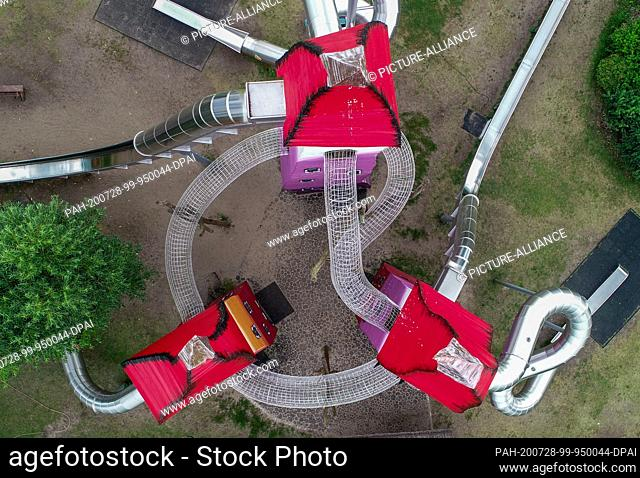 """28 July 2020, Brandenburg, Storkow: View of a playground in the interactive park """"""""Irrlandia"""""""" (aerial view with a drone)"""