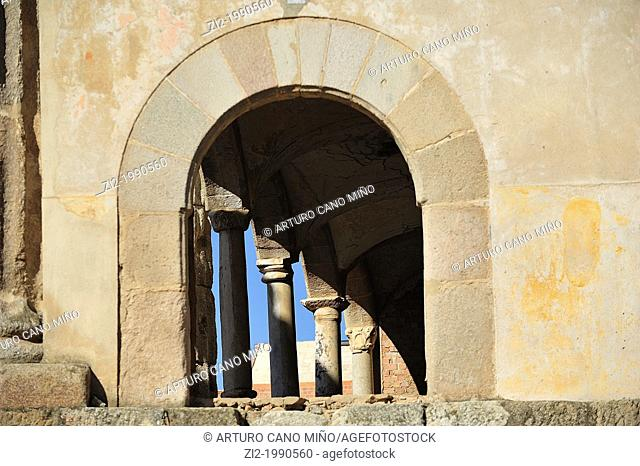 Palace of the Corbo and Roman columns in the Temple of Diana. Merida, Badajoz, Spain