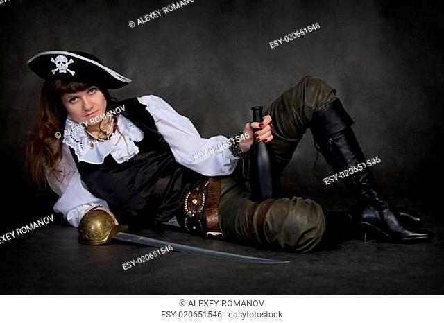Girl - pirate with rapier and bottle