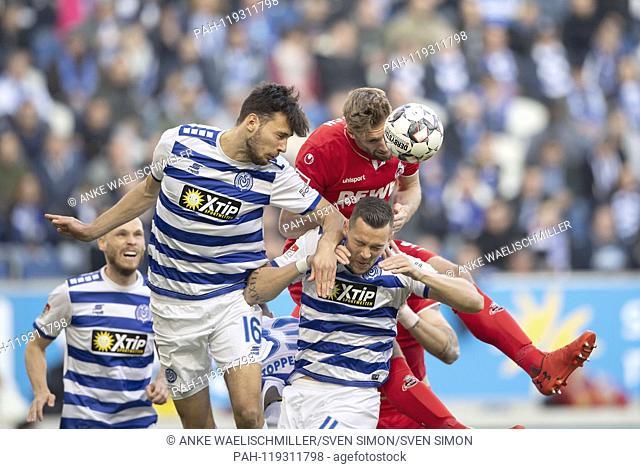 Lukas FROEDE (Frv? De, DU), Lasse SOBIECH (K), Stanislav ILJUTCENKO (DU), Heading, Action, Soccer 2. Bundesliga, 26. matchday