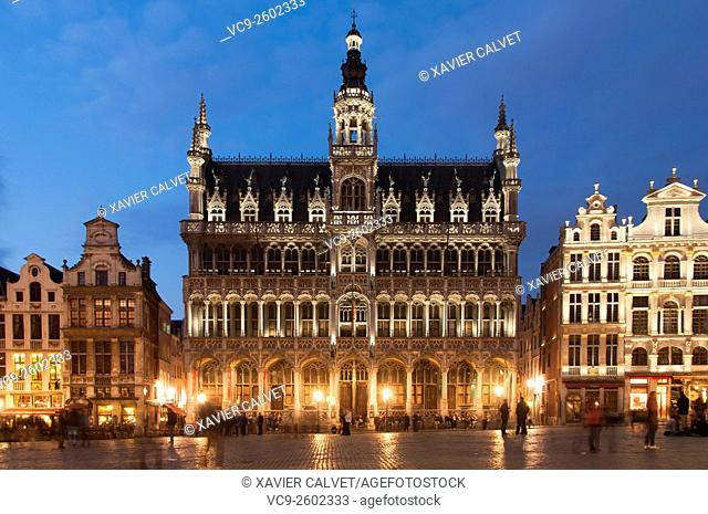 View of the mediæval Grand Place, in Brussels, Belgium