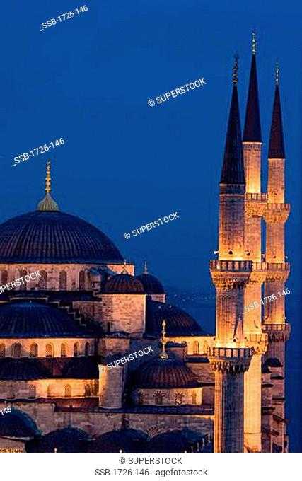 Mosque lit up at dusk, Blue Mosque, Istanbul, Turkey