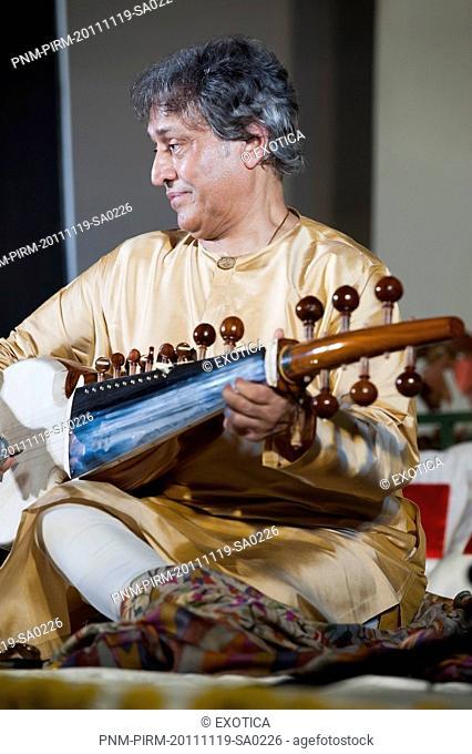 Sarod Maestro Ustad Amjad Ali Khan in a concert
