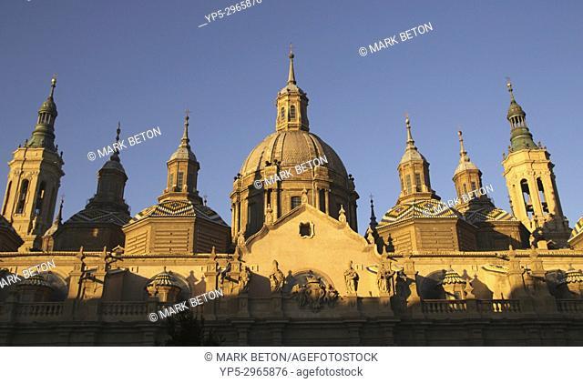 Dome of Basílica de Nuestra Senora del Pilar cathedral Zaragoza Spain