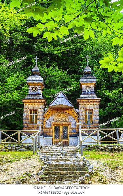 Russian Chapel on the Vršič pass. Triglav National Park. Julian Alps. Upper Carniola region. Slovenia, Europe
