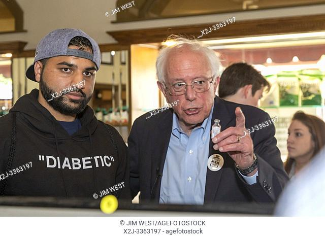 Windsor, Ontario Canada - 28 July 2019 - Senator Bernie Sanders with an American who traveled to Canada to buy insulin, where the cost is much less than in the...