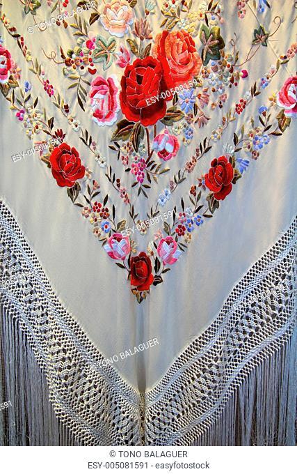 Madrid manton de Manila typical shawl