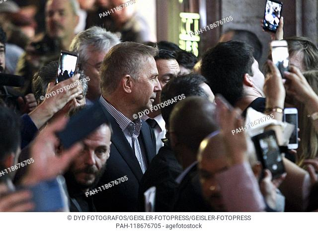 Kevin Costner at the premiere of the Netflix movie 'Emboscada Final / The Highwaymen' at the Cine Capitol. Madrid, 25.03.2019 | usage worldwide