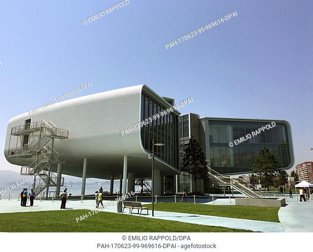 """The Italian star architect Renzo Piano presents his newest work to journalists, the important art and cultural centre """"""""Centro Botin""""""""in Santander, Spain"""