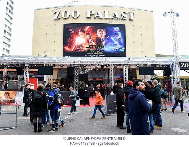A film poster adversting the new Star Wars film in front of the Zoo Palast in Berlin, Germany, 16 December 2015. This evening the premiere of the new...