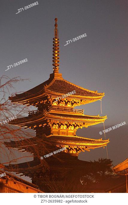 Japan; Kyoto, Higashiyama, Yasaka Pagoda,