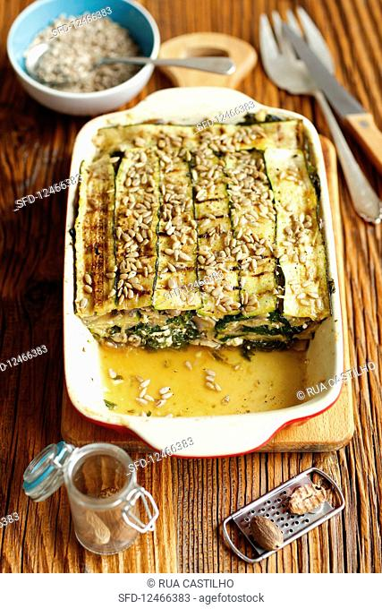 Fit lasagne (grilled courgette as pasta) with mushrooms, spinach and feta