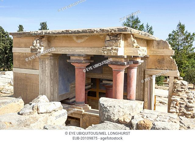 The North Lustral Basin building, Knossos Palace