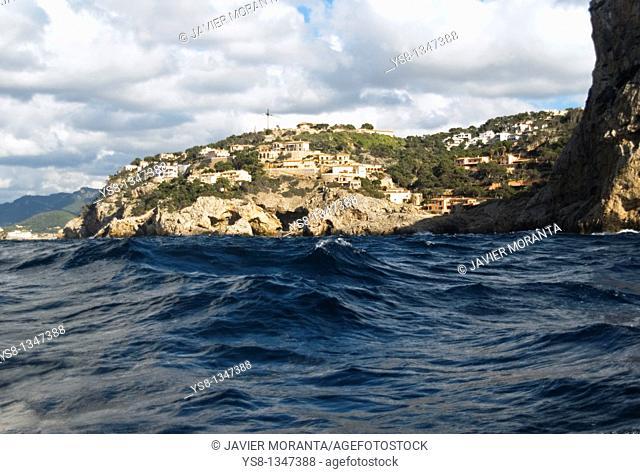 Spain, Mediterranean Sea, Balearic Islands, Mallorca, urbanized coast in Puerto de Andratx