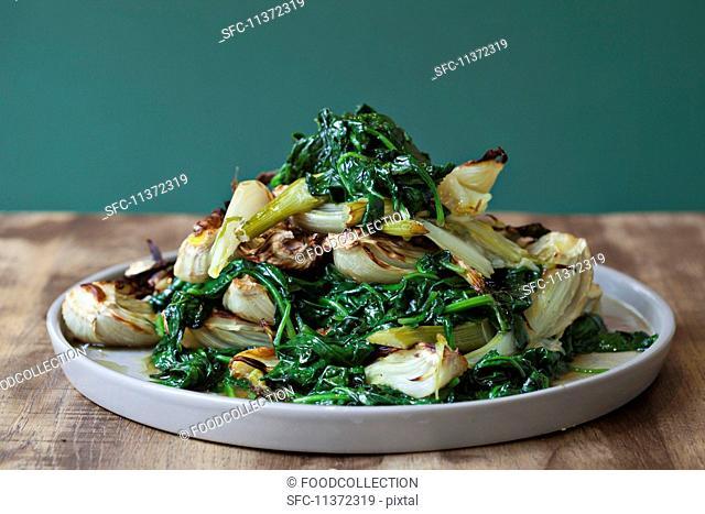 Sautéed spinach with fennel