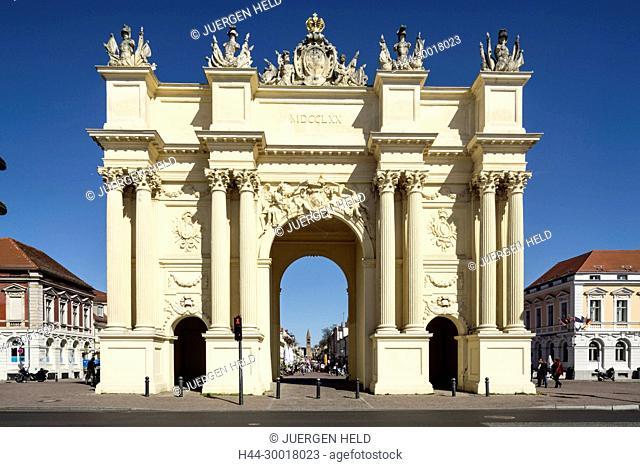 Germany, Brandenburg, Potsdam, Brandenburg Gate in Potsdam, Luisenplatz
