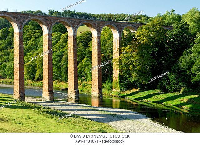 Leaderfoot Railway Viaduct, built 1865, crossing the River Tweed near Melrose  Borders Region, Scotland