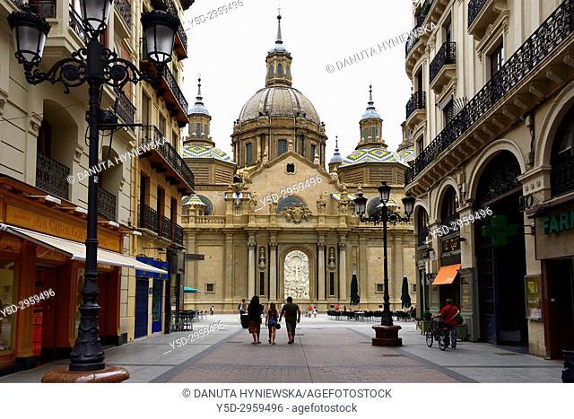 Catedral-Basílica de Nuestra Señora del Pilar de Zaragoza seen from Calle Alfonso I, historic center of the city, Zaragoza, Saragossa, Aragon, Spain, Europe
