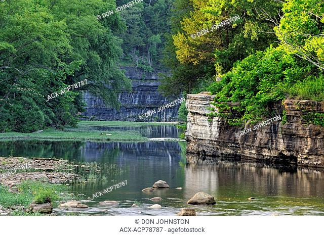 Buffalo National River in summer- low water, Buffalo National River (Ponca Unit), Arkansas, USA
