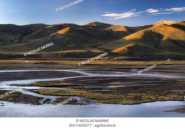 Rivers and streams on the Tibetan plateau and nomad's camps, Qinghai province, China