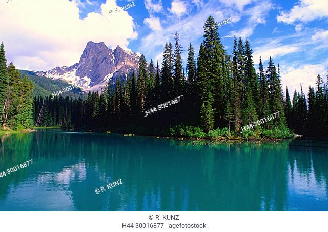 Emeralde Lake, mountain lake, mountain, Mount Burgess, Yoho National Park, British Columbia, Canada