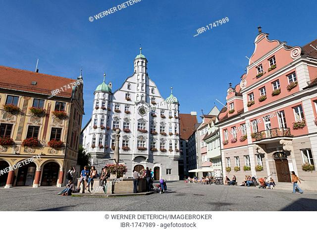 Marketplace with Steuerhaus building on the left, town hall center, Grosszunft building on the left and fountain, Memmingen, Allgaeu, Bavaria, Germany, Europe