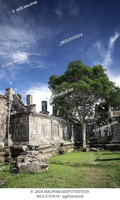 preah vihear famous ancient temple ruins landmark in north cambodia