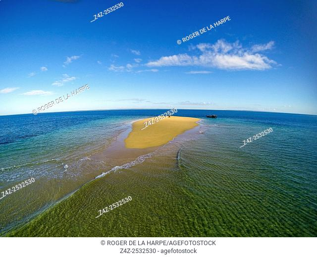 Aerial view. Sand bar and dhow. Ibo Island. Mozambique