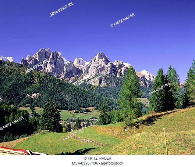 Italy, South-Tyrol, Dolomites, Fassatal, rose-garden, North-Italy, landscape, view, mountain-chain, rose-garden-group, mountains, mountains, panorama