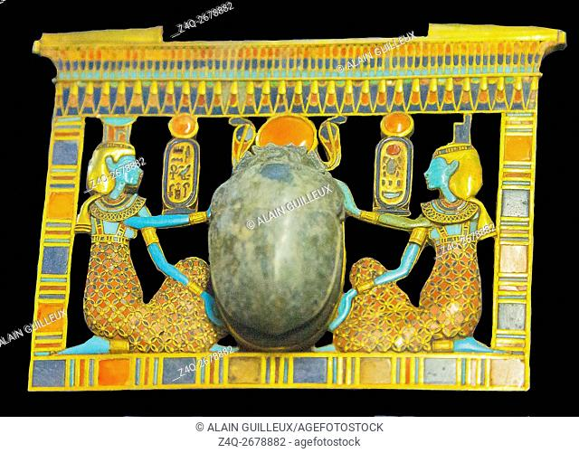 Egypt, Cairo, Egyptian Museum, Tutankhamon jewellery, from his tomb in Luxor : A pectoral in the shape of a pylon, showing the goddesses Isis and Nephthys...