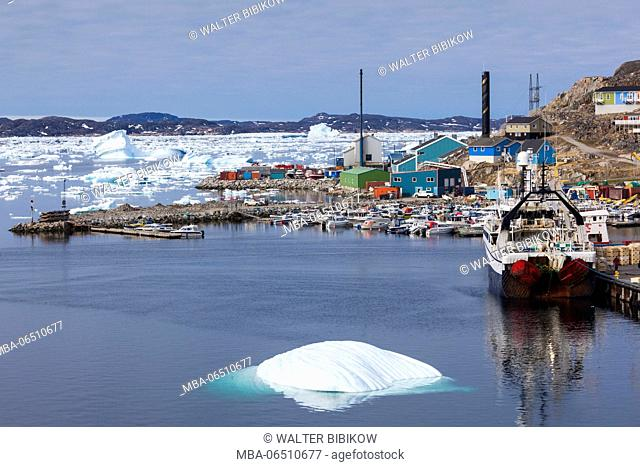Greenland, Qaqortoq, town harbor and floating ice
