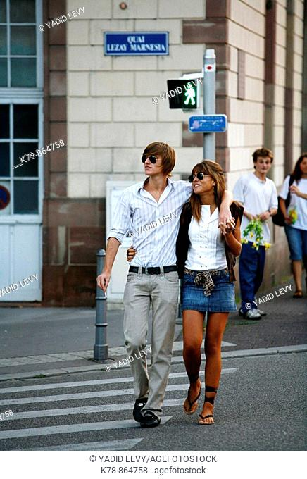 Sep 2008 - Young couple, strasbourg, Alsace, France