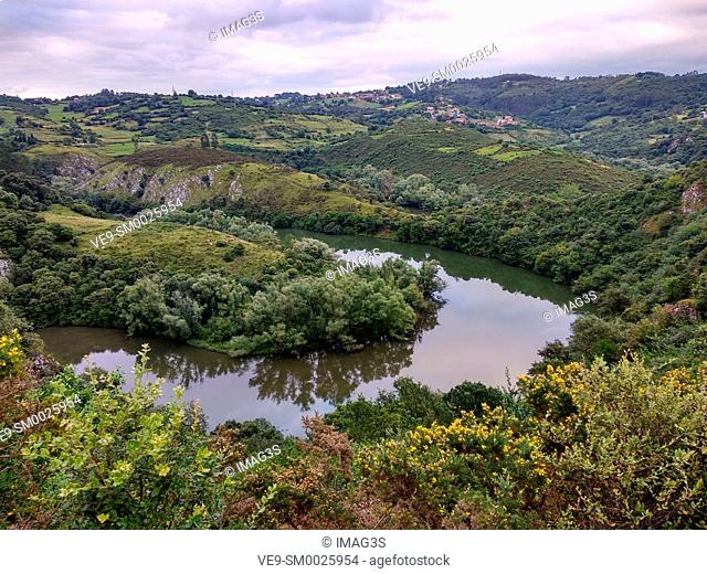 The Nora Meanders, Oviedo adn Las Regueras municipalities, Asturias, Spain
