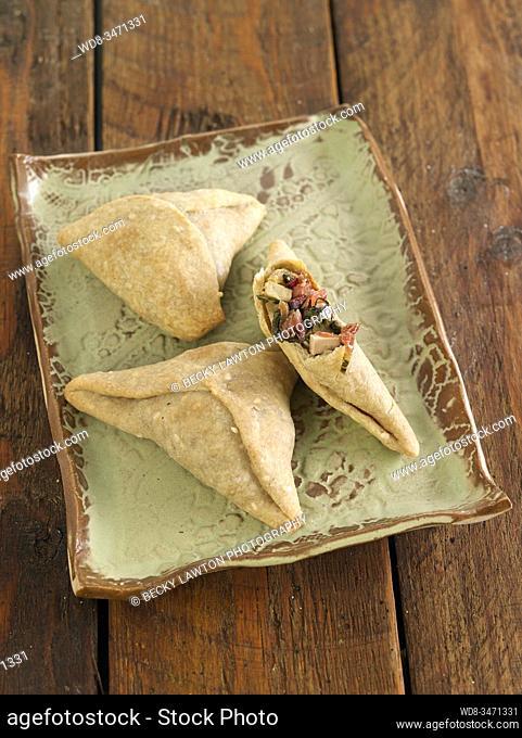 empanadas de remolacha / beet patties
