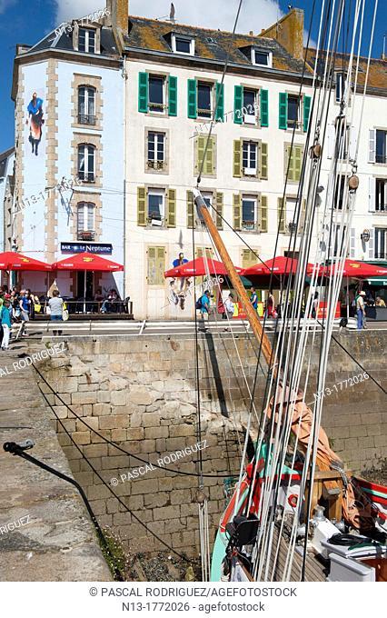 The port during'temps fete douarnenez 2012' international maritime festival, douarnenez france