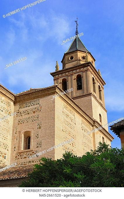 Alhambra Palaces, Alcazar, Palacios Nazaries, ancient arabic Fortress, World Heritage by UNESCO, Granada, Sierra Nevada, Andalucia, Spain, Europe