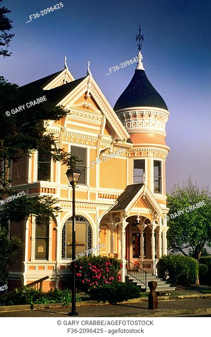"""""""""""""""""""""""Gingerbread"""""""" victorian house, Eureka, Humboldt County, CALIFORNIA."""