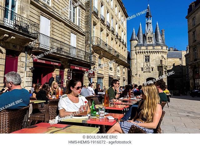 France, Gironde, Bordeaux, area listed World Heritage by UNESCO, terrace of a cafe Place du Palais, Porte Cailhau