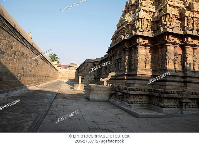 Corridor, Deivanayaki Amman shrine, adjacent to Airavatesvara Temple, Darasuram, Tamil Nadu, India. View from North West