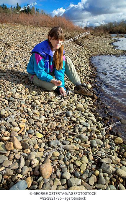 Rock collecting along Willamette River, Keizer Rapids Park, Keizer, Oregon