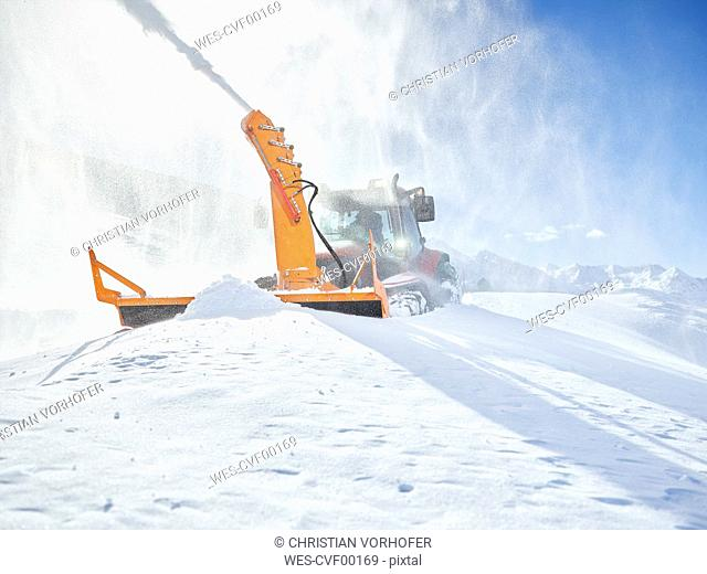 Austria, Tyrol, Oetztal, snow clearance, snow vehicle, snowblower