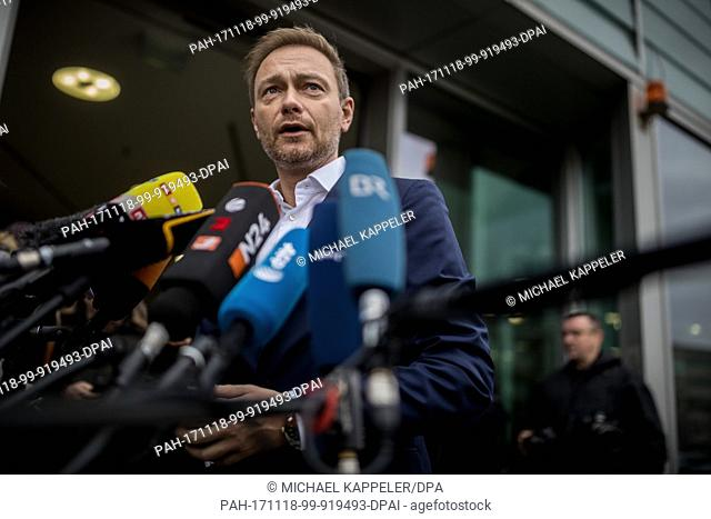 Christian Lindner, FDP federal chairman, arrives for the continuation of exploratory talks at the headquaters of the Christian Democrats (CDU) in Berlin