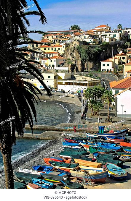 Image of the harbour in fishing village of Camara dos Lobos on Madeira, Portugal.  - 18/12/2007
